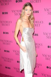 Martha Hunt – VS Angels Viewing Party in New York
