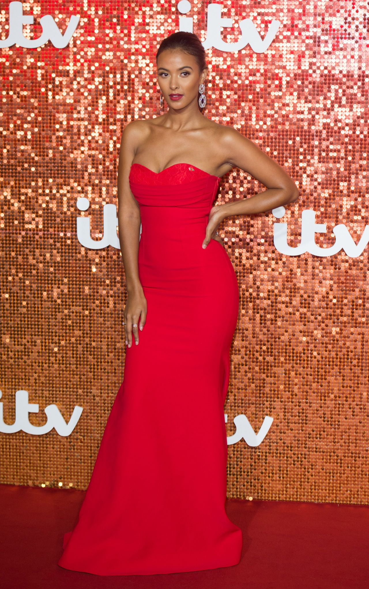 maya jama  u2013 itv gala ball in london 11  09  2017