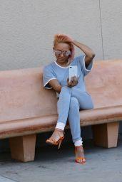 Melanie Brown in Travel Outfit - Las Vegas 11/23/2017