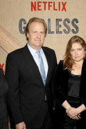 """Merritt Wever – """"Godless"""" Premiere in New York 11/19/2017"""