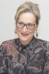 """Meryl Streep - """"The Post"""" Press Conference in Beverly Hills"""