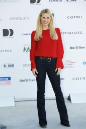 "Michelle Hunziker - ""Double Defense Killed in a Waiting for Judgement"" Photocall in Rome 01/11/2017"