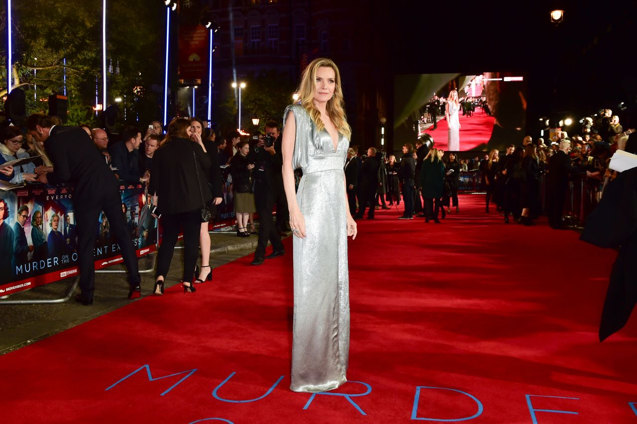 """Michelle Pfeiffer – """"Murder on the Orient Express"""" Red Carpet in London"""