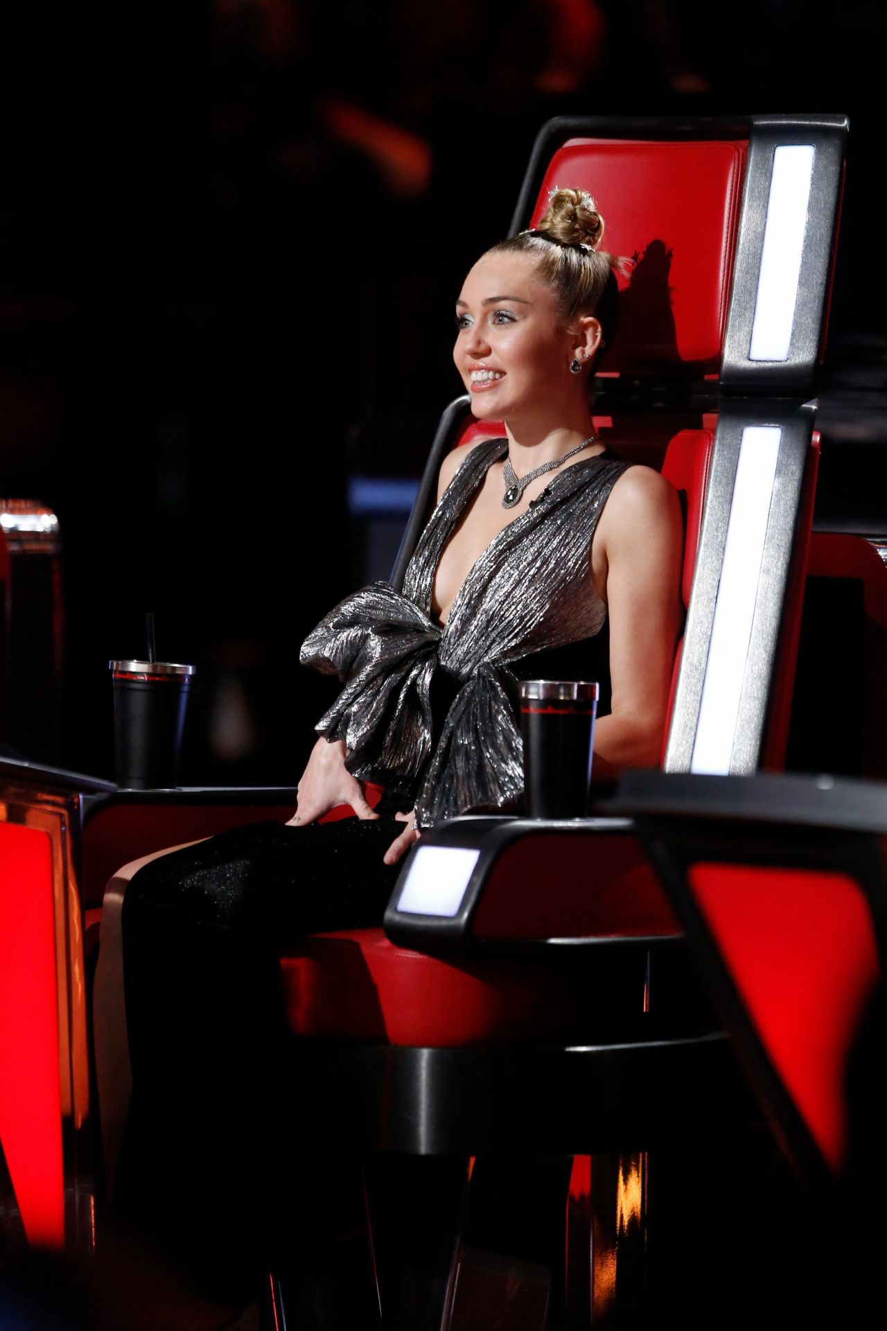 The Voice Within The Cards: The Voice Season 13 Live Show