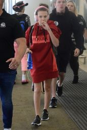 Millie Bobby Brown - Leaving Brisbane Airport to Sydney 11/14/2017