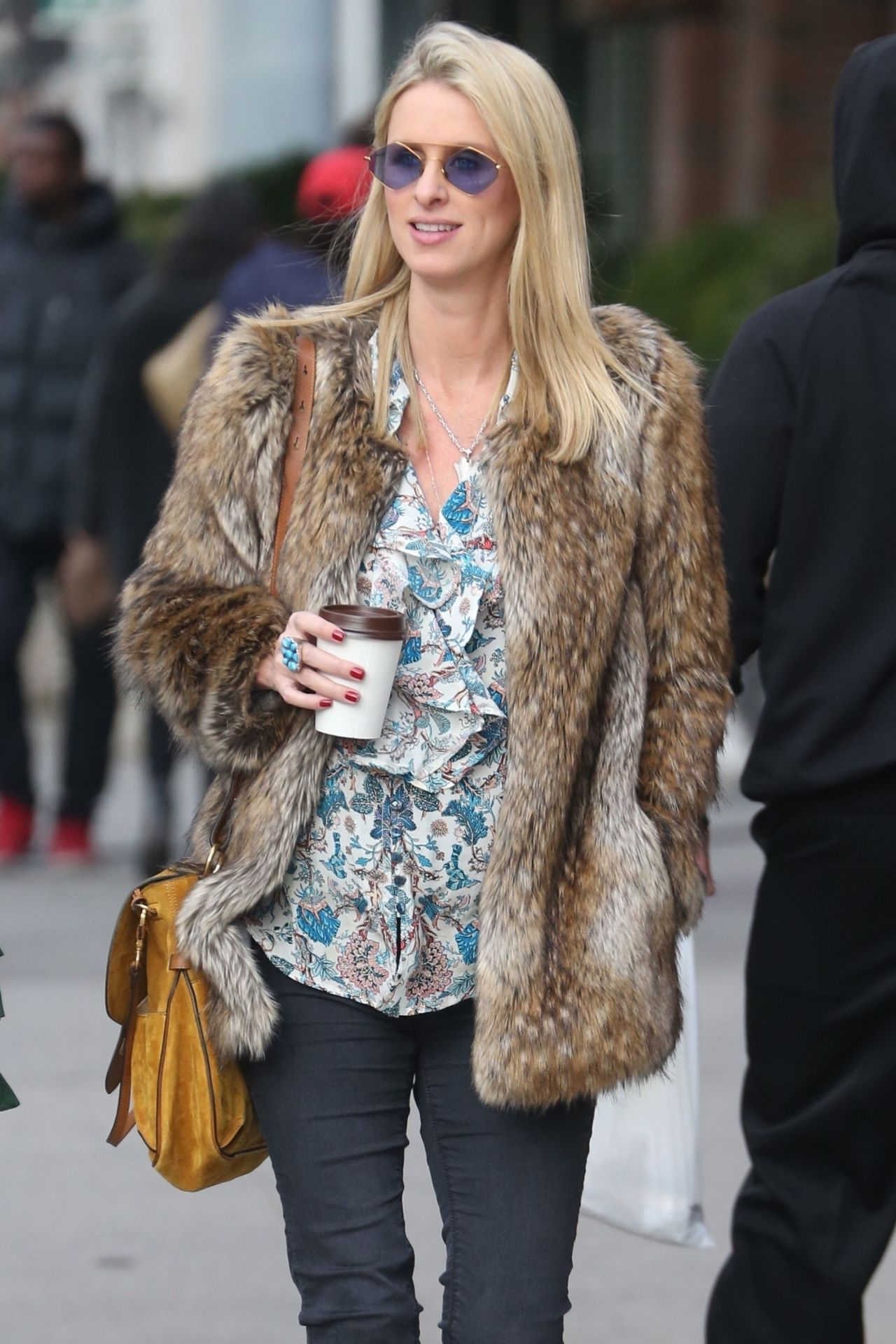 Street Cleaning Nyc >> Nicky Hilton Street Fashion - NYC 11/14/2017
