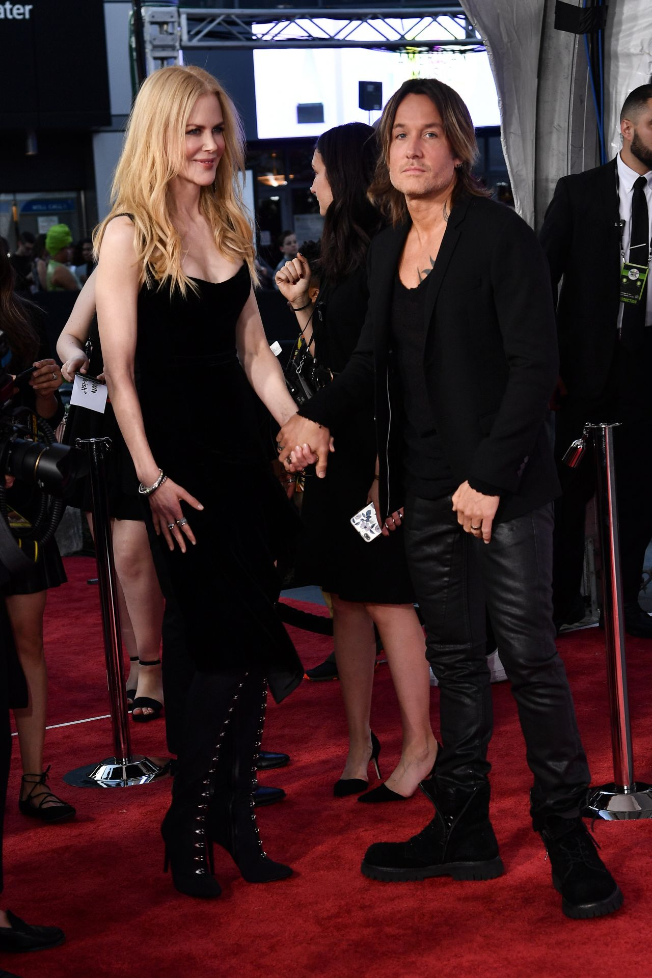 Nicole Kidman – American Music Awards 2017 in Los Angeles