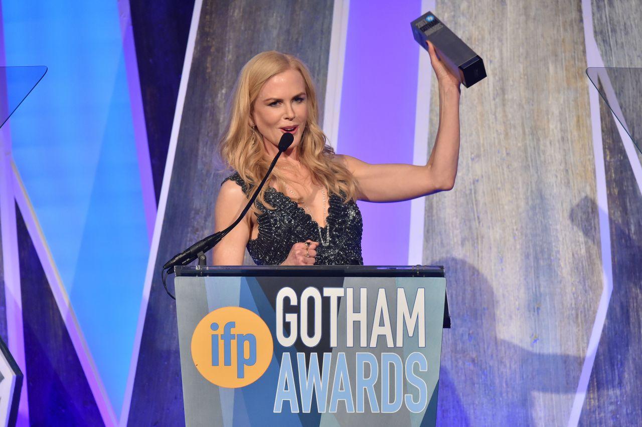 http://celebmafia.com/wp-content/uploads/2017/11/nicole-kidman-gotham-independent-film-awards-2017-red-carpet-3.jpg