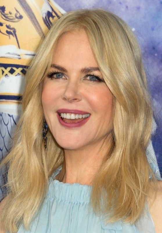 "Nicole Kidman - ""Le Printemps"" Christmas Decorations Inauguration in Paris"