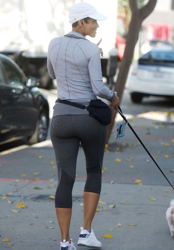 Nicole Murphy - Walking Her Dog in West Hollywood 11/18/2017