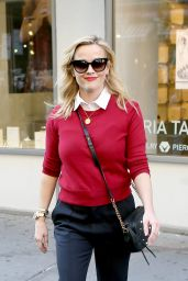 Reese Witherspoon in Casual Attire - NYC 11/02/2017