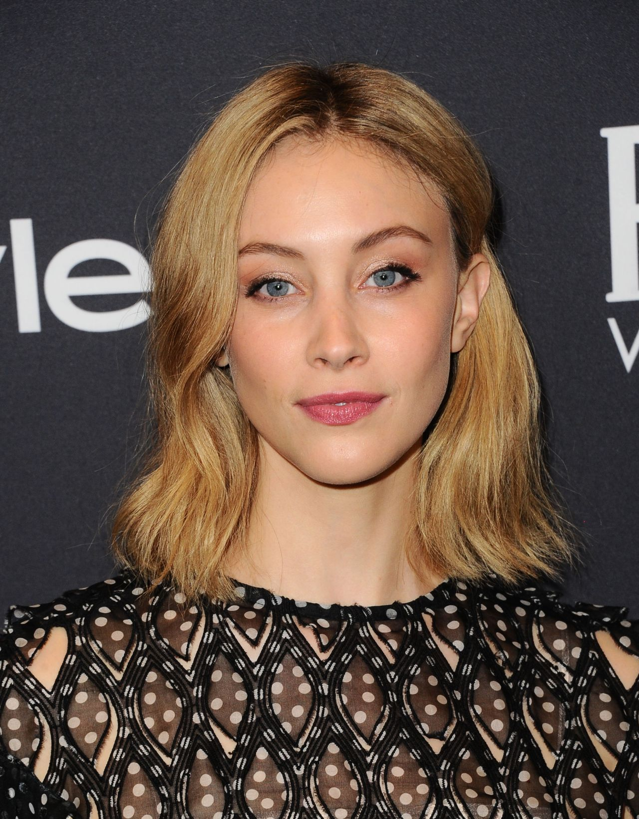 Sarah Gadon – HFPA and InStyle Celebrate Golden Globe Season in Los Angeles 11/15/2017