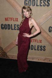 "Sarah Minnich – ""Godless"" Premiere in New York 11/19/2017"