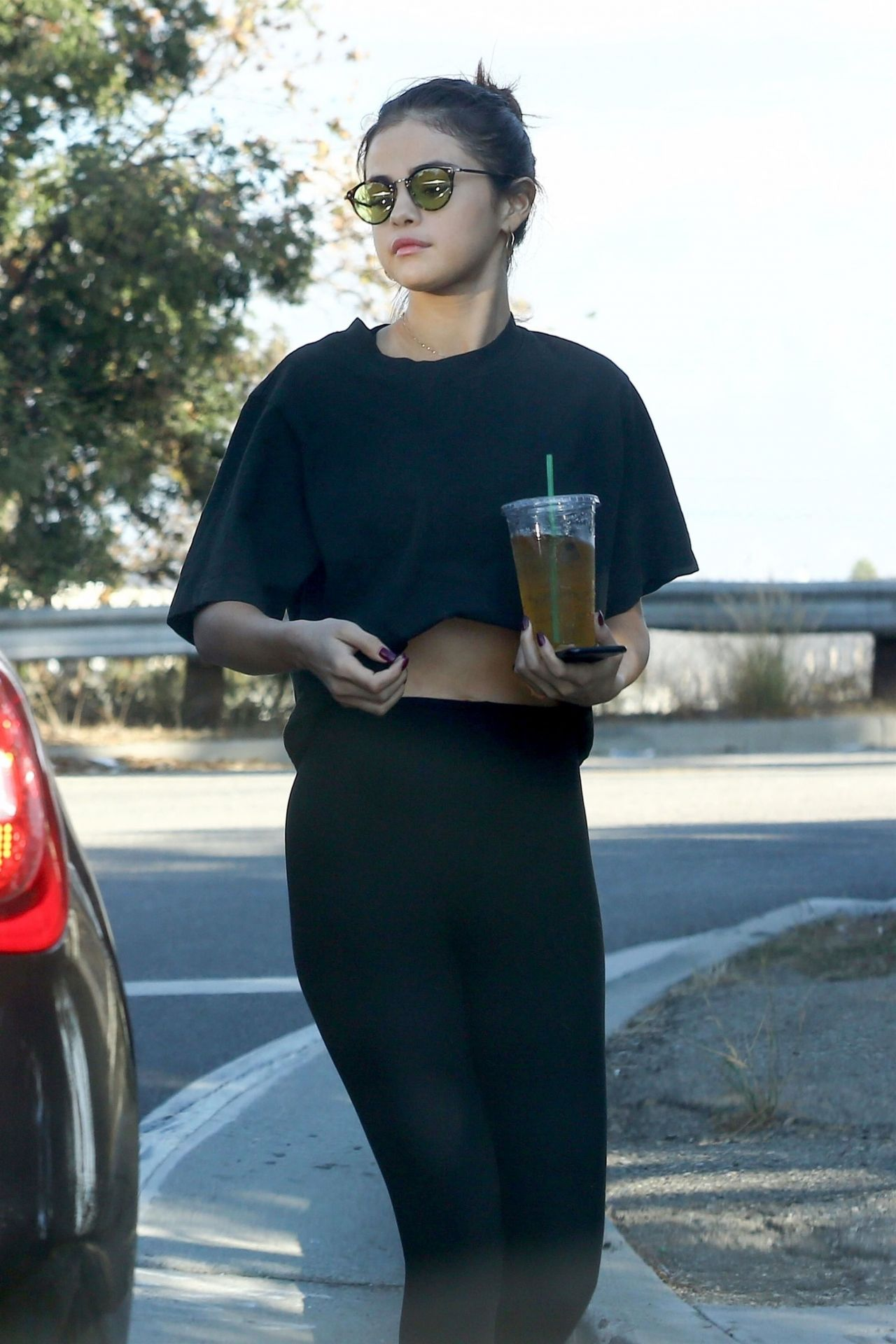 Selena Gomez - Makes a Stop to Grab an Iced Tea in Los Angeles 11/05/2017