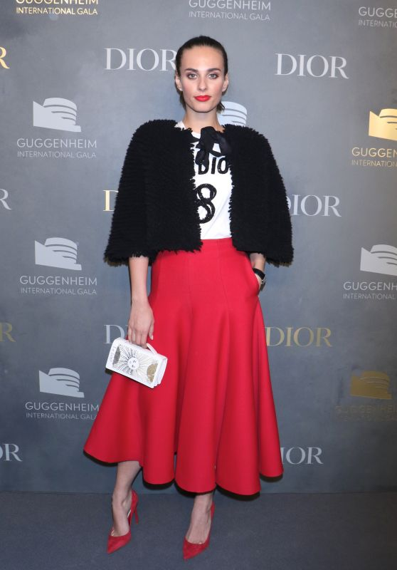 Sophie Auster – Guggenheim International Gala in New York 11/16/2017