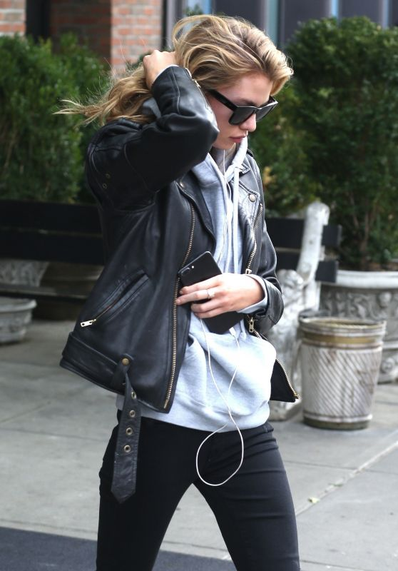 Stella Maxwell - Out in New York 11/14/2017