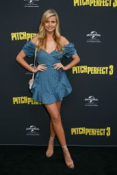"Tegan Martin - ""Pitch Perfect 3"" Premiere in Sydney"