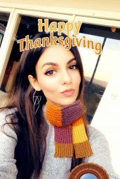 Victoria Justice - Social Media 11/26/2017