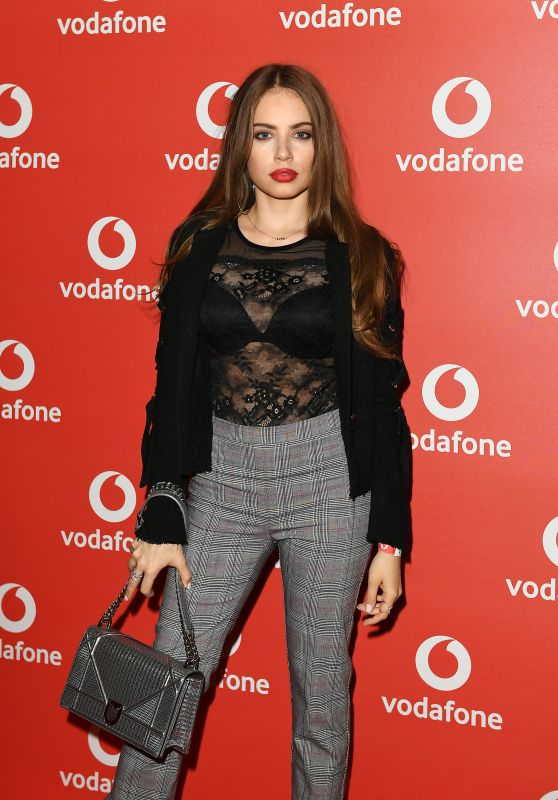 Xenia Tchoumitcheva – Vodafone Passes Launch in London 11/01/2017