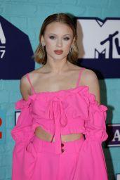 Zara Larrson – MTV Europe Music Awards 2017 in London
