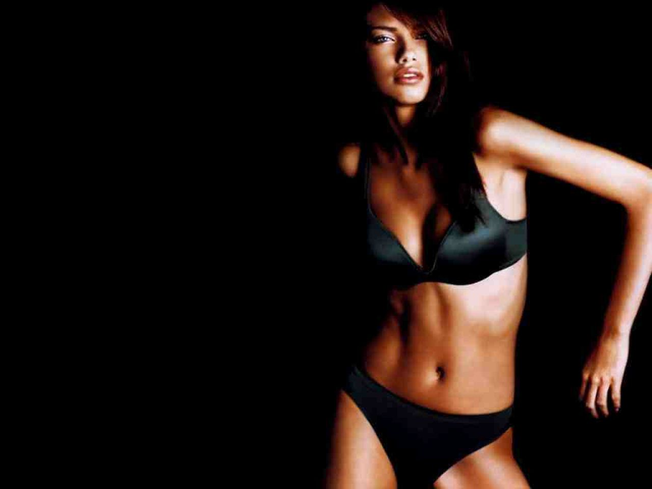 Adriana Lima Wallpapers