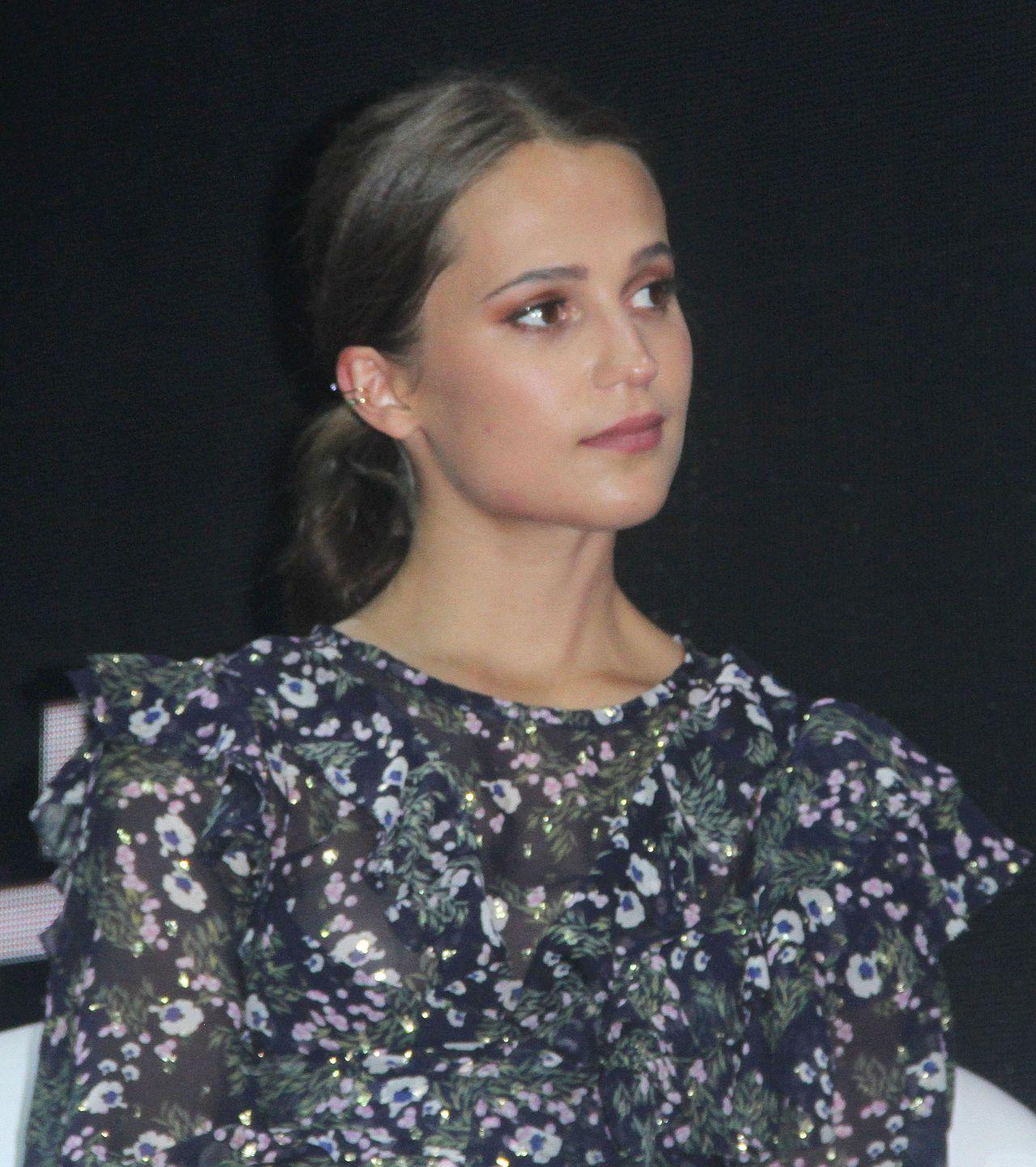 """Alicia Vikander Tomb Raider: """"Tomb Raider"""" Press Event At Comic Con"""