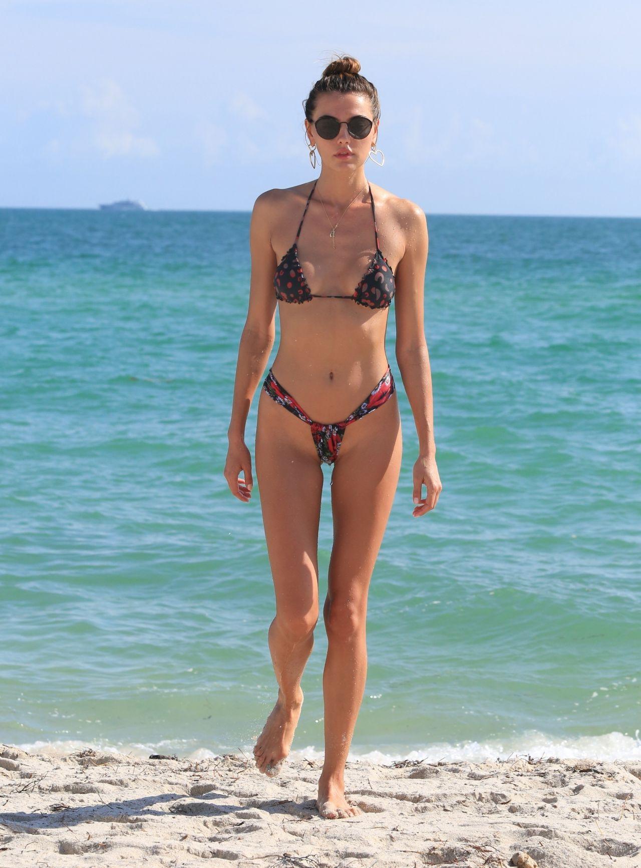 Alina Baikova Hot In Bikini On The Beach In Miami-9188