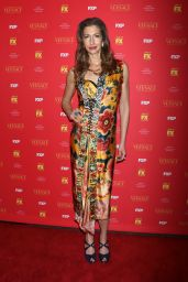 "Alysia Reiner – ""The Assassination of Gianni Versace American Crime Story"" TV Show Premiere in New York"