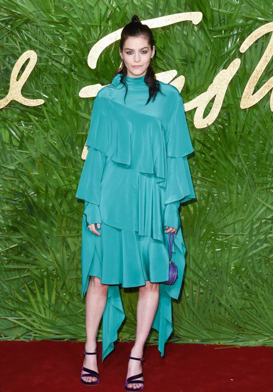 Amber Anderson – Fashion Awards 2017 in London