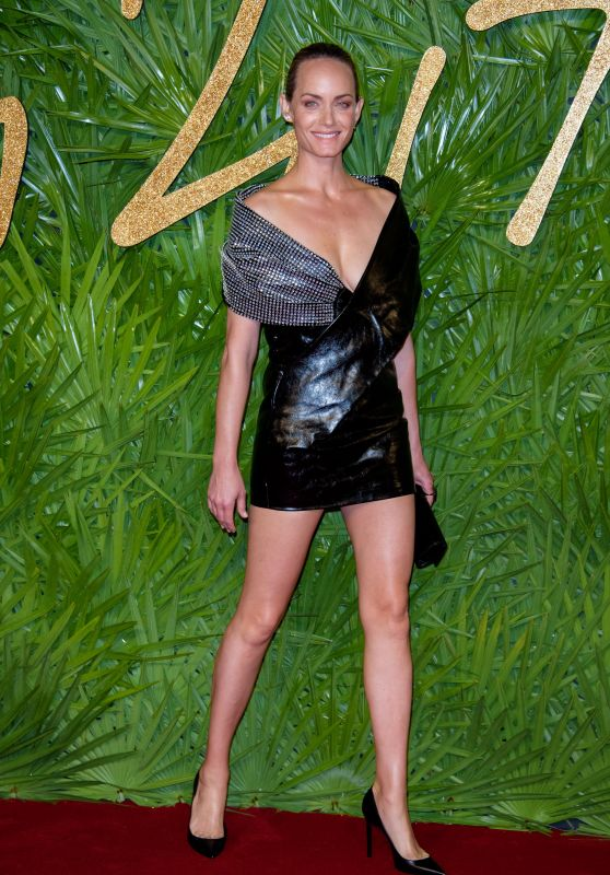 Amber Valletta – Fashion Awards 2017 in London