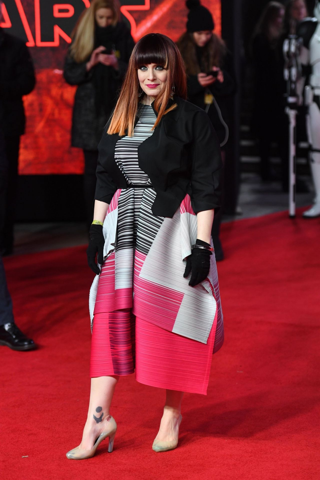 "Ana Matronic – ""Star Wars: The Last Jedi"" Premiere in London"