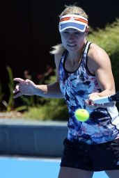 Angelique Kerber Training Ahead of the Hopman Cup in Perth
