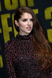 "Anna Kendrick - ""Pitch Perfect 3"" Premiere in Los Angeles"