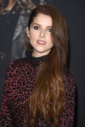 """Anna Kendrick - """"Pitch Perfect 3"""" Premiere in Los Angeles"""