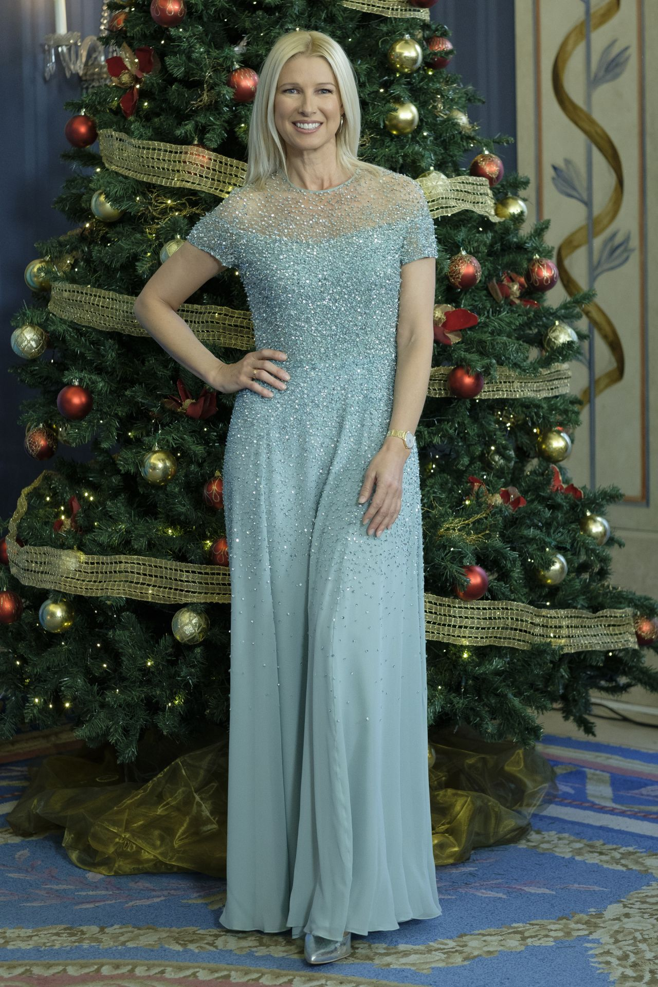 Anne Igartiburu – TVE Christmas Season Presentation in Madrid