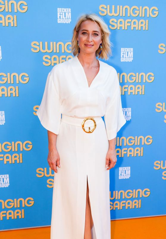 "Asher Keddie - ""Swinging Safari"" Premiere in Sydney"