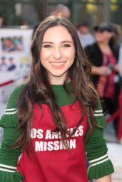 Ava Cantrell – Los Angeles Mission Serves Christmas to the Homeless
