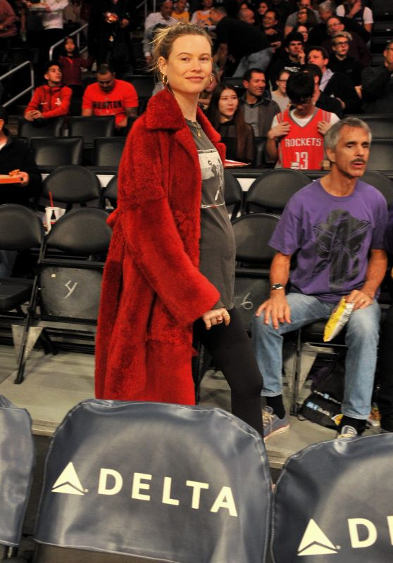 Behati Prinsloo at Los Angeles Lakers vs Houston Rockets in LA 12/03/2017
