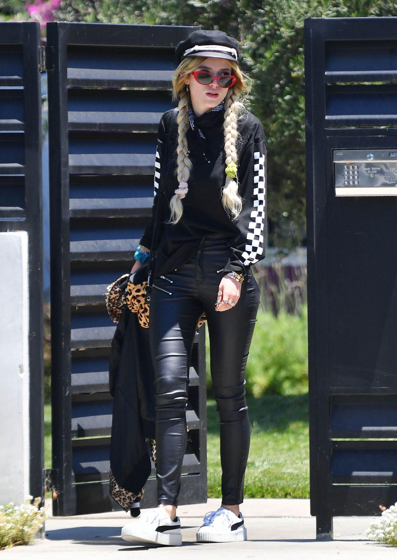 Bella Thorne Street Style