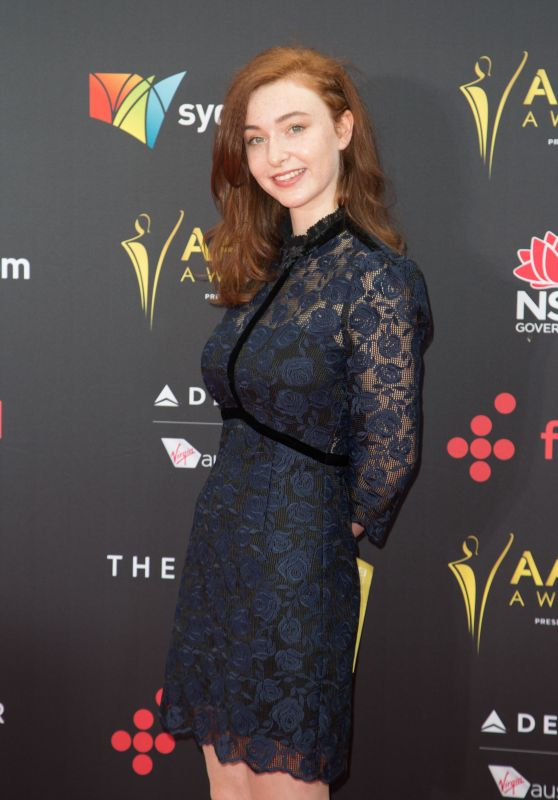Bethany Whitmore – AACTA Awards 2017 Red Carpet