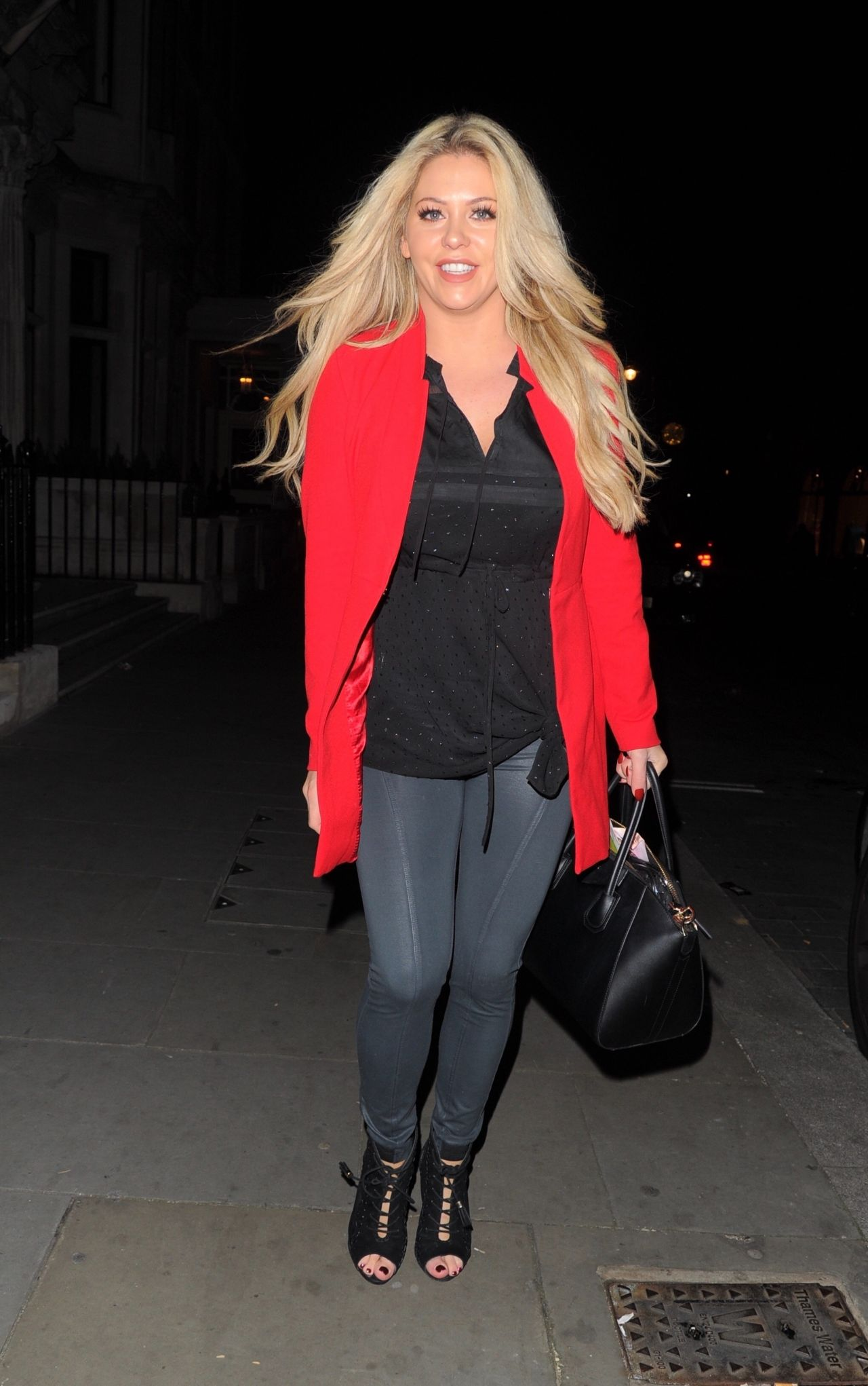 Bianca Gascoigne - Cannaught Hotel in London 12/09/2017