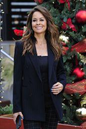 Brooke Burke-Charvet is Stylish - Shopping in Malibu