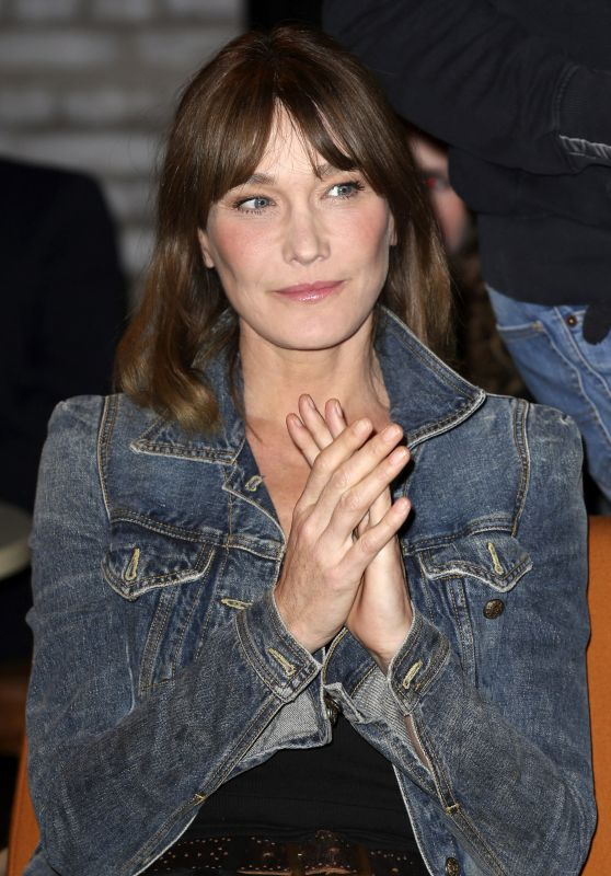 Carla Bruni at 3nach9 Talk Show in Bremen