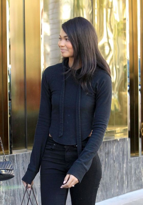 Chanel Iman Flashed Her New Engagement Ring - Shopping in Beverly Hills