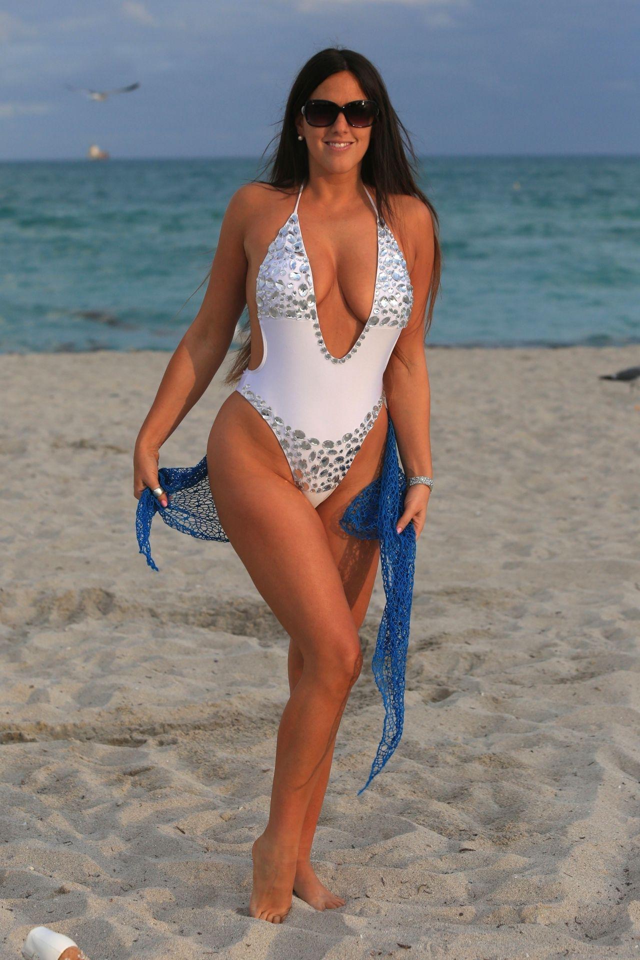Claudia Romani nudes (98 photos), Pussy, Paparazzi, Boobs, legs 2006