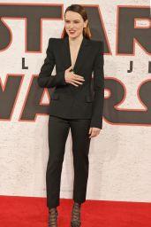 "Daisy Ridley - ""Star Wars: The Last Jedi"" Film Photocall in London"