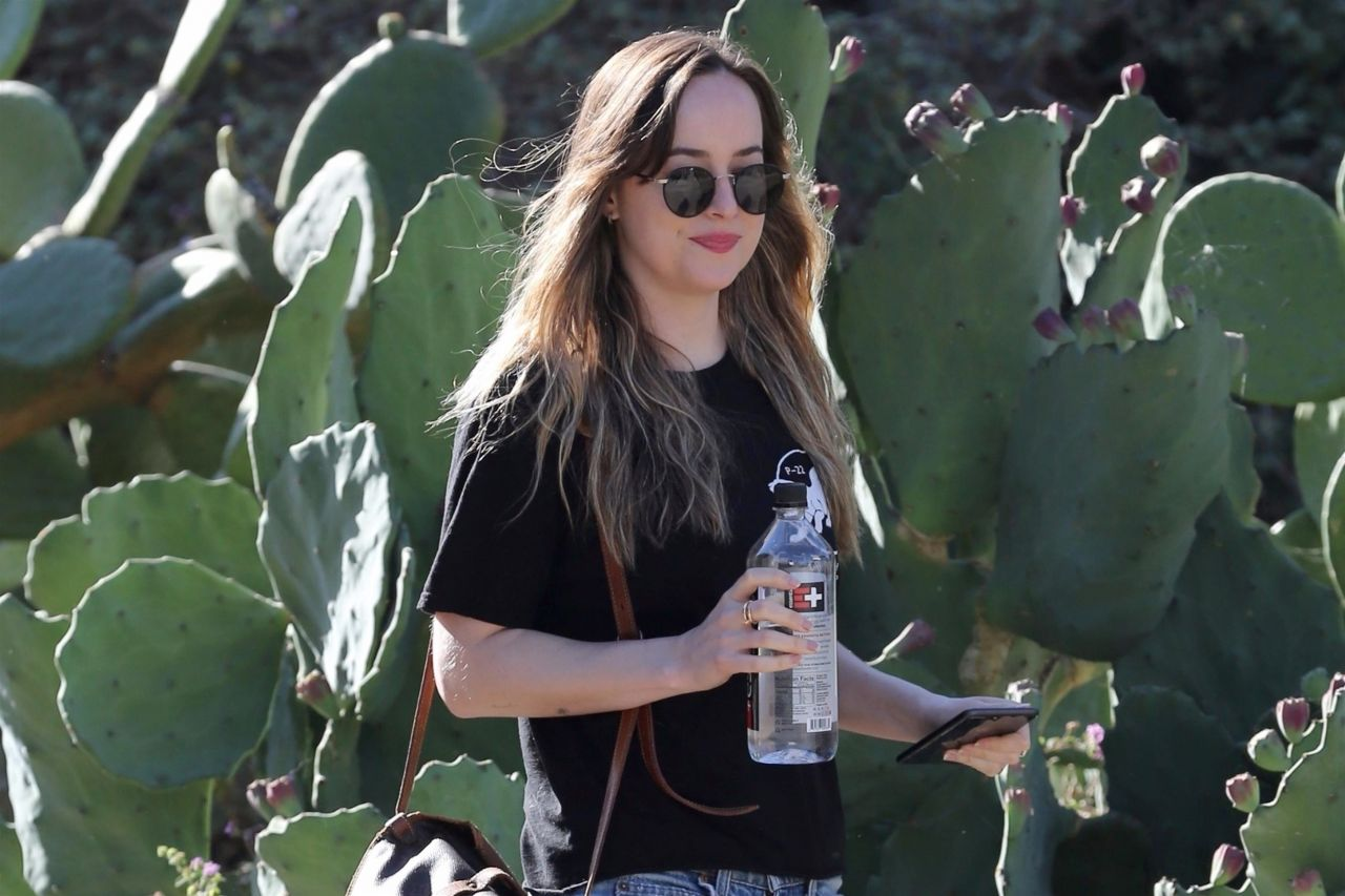 Dakota Johnson Running Pictures to Pin on Pinterest ...