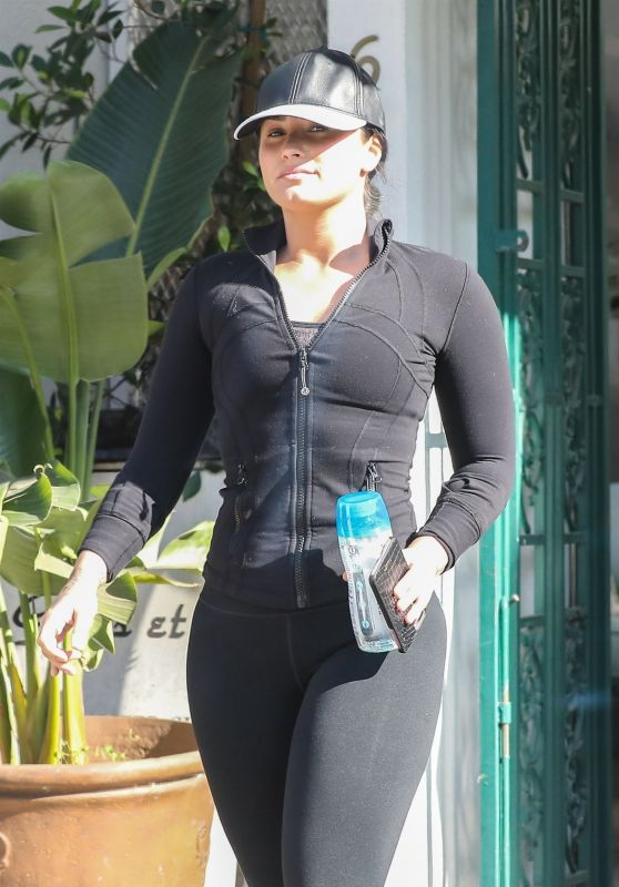 Demi Lovato Gym Ready Style - West Hollywood 12/19/2017