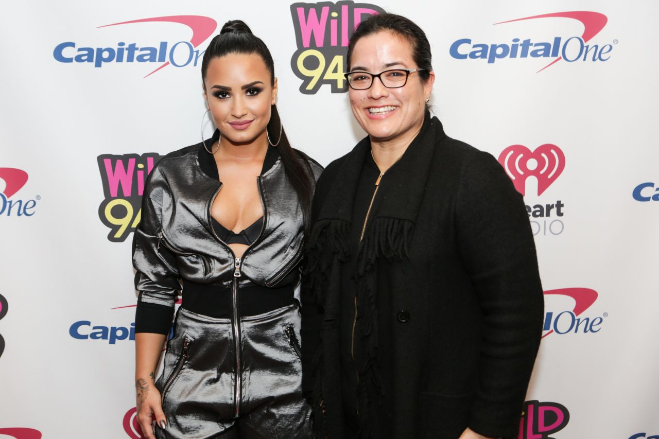 demi lovato meet and greet 2014 san jose pictures