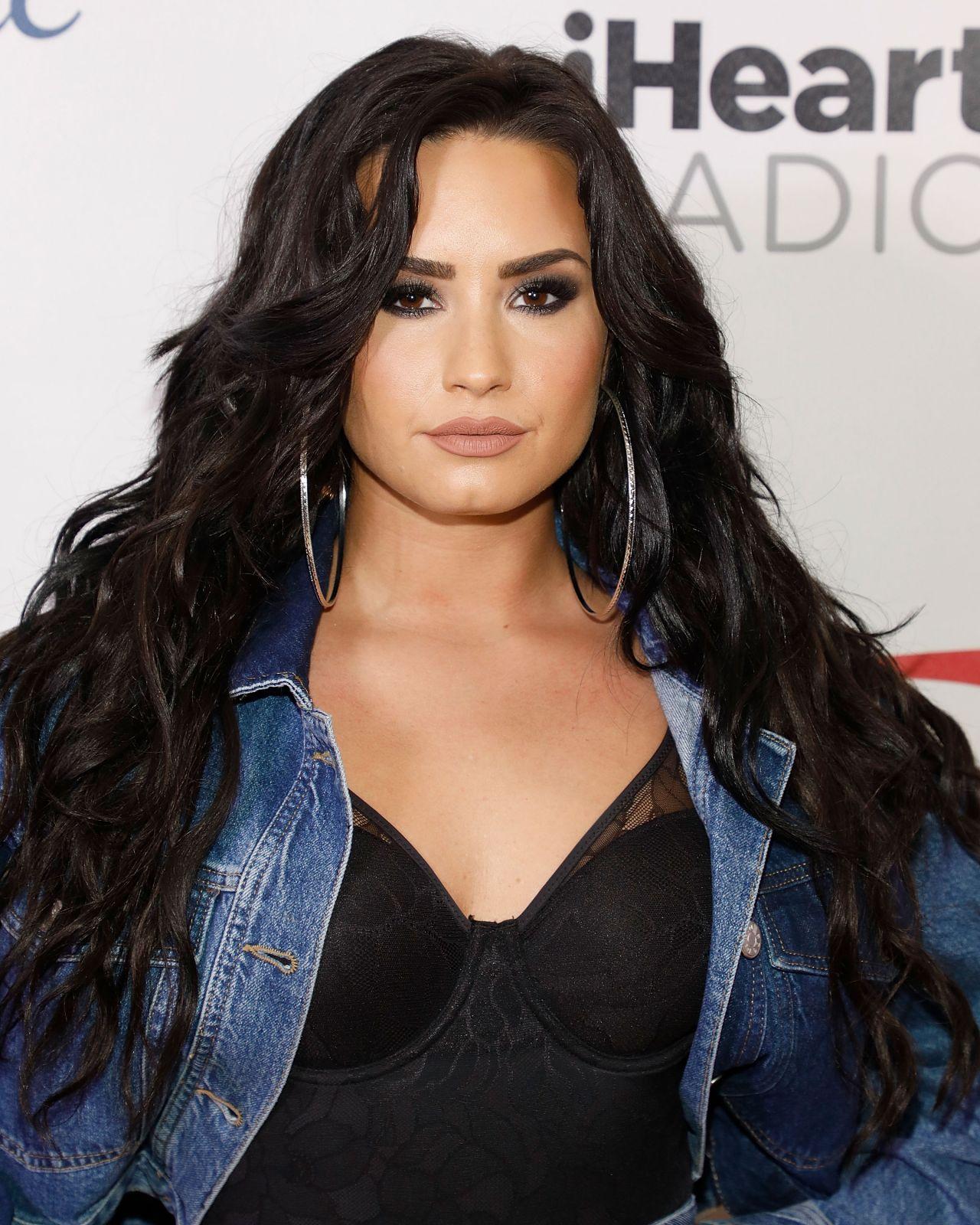 Demi Lovato Jingle Ball Sunrise Fl Promises